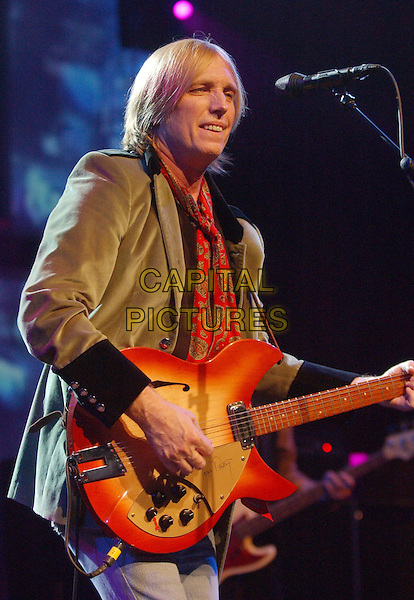 TOM PETTY & THE HEARTBREAKERS - TOM PETTY.Perform at Blossom Music Center, Cleveland, Ohio. .June 30th, 2005.Photo Credit: Laura Farr/AdMedia.half length live stage concert gig performance singing guitar.www.capitalpictures.com.sales@capitalpictures.com.© Capital Pictures.