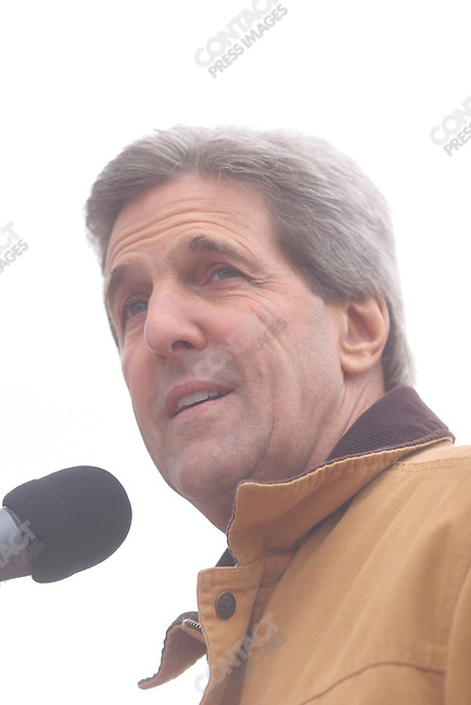 Senator John Kerry speaks to a crowd in Appleton, WI, just three days before the 2004 general election. October 30, 2004