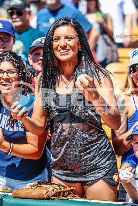 Yasiel Puig de origen Cubano perteneciente a la organizacion de Los Dodgers de los Angeles (LA), durante Spring Training en el estadio Camelback Ranch,  previo al inicio de temporada de las Ligas Mayores del Beisbol  2016. 16 marzo 2016  Glendale, Arizona, USA.