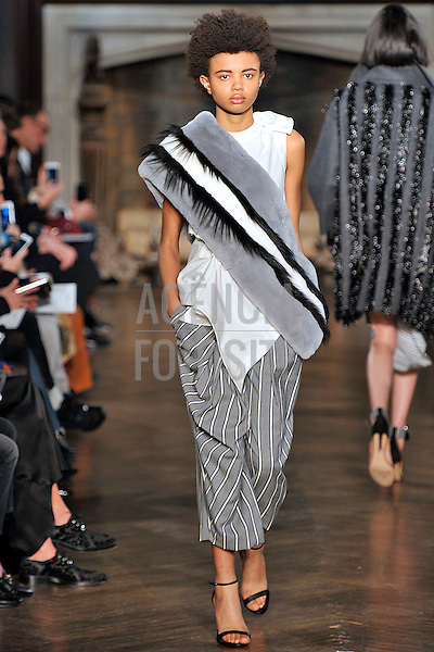 Monse<br /> <br /> New York - Inverno 2016<br /> <br /> <br /> foto: FOTOSITE