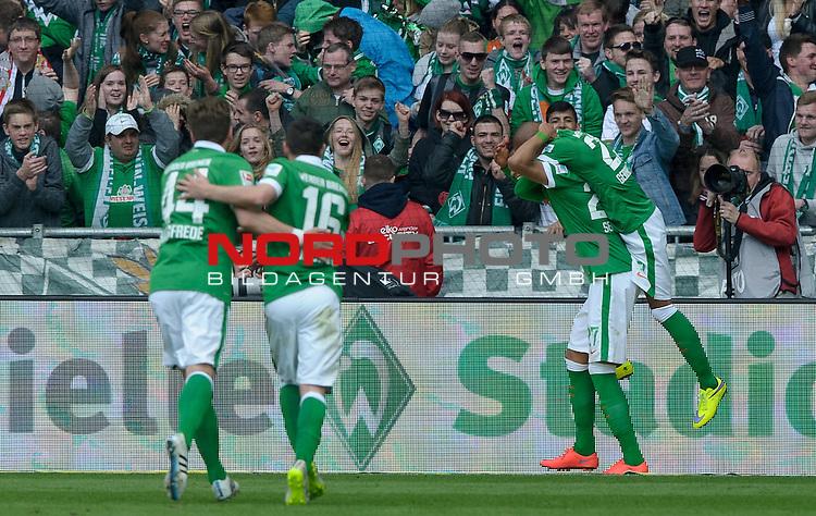 02.05.2015, Weserstadion, Bremen, GER, 1.FBL, Werder Bremen vs Eintracht Frankfurt, im Bild Jubel bei Werder nach dem 1:0 durch Davie Selke (Bremen #27)<br /> <br /> Foto &copy; nordphoto / Frisch