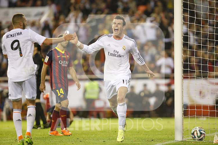 Real Madrid´s Gareth Bale celebrates a goal during the Spanish Copa del Rey `King´s Cup´ final soccer match between Real Madrid and F.C. Barcelona at Mestalla stadium, in Valencia, Spain. April 16, 2014. (ALTERPHOTOS/Victor Blanco)
