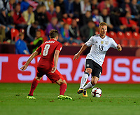 01.09.2017, Football WM-Qualifikation, 7. match day, Tschechien - Germany, in Prag, stadium Eden.  Vladimir Darida (Tschechien)  -  Joshua Kimmich (Germany)  *** Local Caption *** +++ NED + SUI out +++<br /> Contact: +49-40-22 63 02 60 , info@pixathlon.de