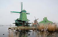 Nederland Zaanse Schans. 2017-01-18 .  Winter in Zaanse Schans. Molen de Gekroonde Poelenburg.  Foto Berlinda van Dam / Hollandse Hoogte