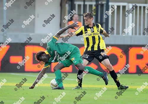 2014-07-26 / Voetbal / seizoen 2014-2015 / SK Lierse - KV Oostende / Alimane Coulibaly (l. Oostende) met Ludovic Buysens<br /><br />Foto: mpics.be
