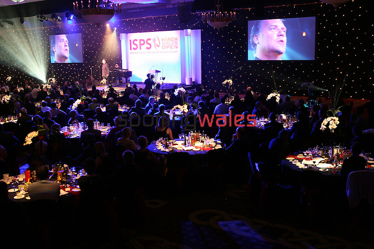 ISPS Handa Wales Open 2012.Welsh opera star Bryn Terfel performing at the gala dinner...29.05.12.©Steve Pope