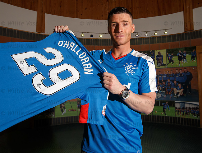 Michael O'Halloran signs for Rangers