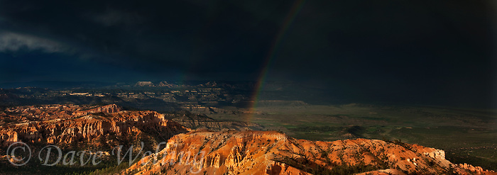 904000027 panoramc view of a summer monsoon thunderstorm and rainbow over the hoodoos and the paunsaugunt plateau from bryce point  bryce canyon national park utah united states