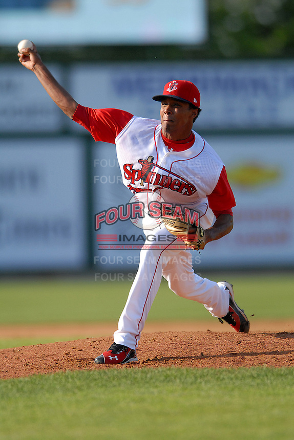 Pitcher Raynel Velette #40 of the Lowell Spinners during a game versus the Connecticut Tigers at LeLacheur Park in Lowell, Massachusetts on June 18, 2011. (Ken Babbitt/Four Seam Images)