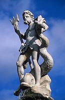 Europe/France/Languedoc-Roussillon/11/Aude/Carcassonne: Fontaine de Neptune (1770) sur la place Carnot