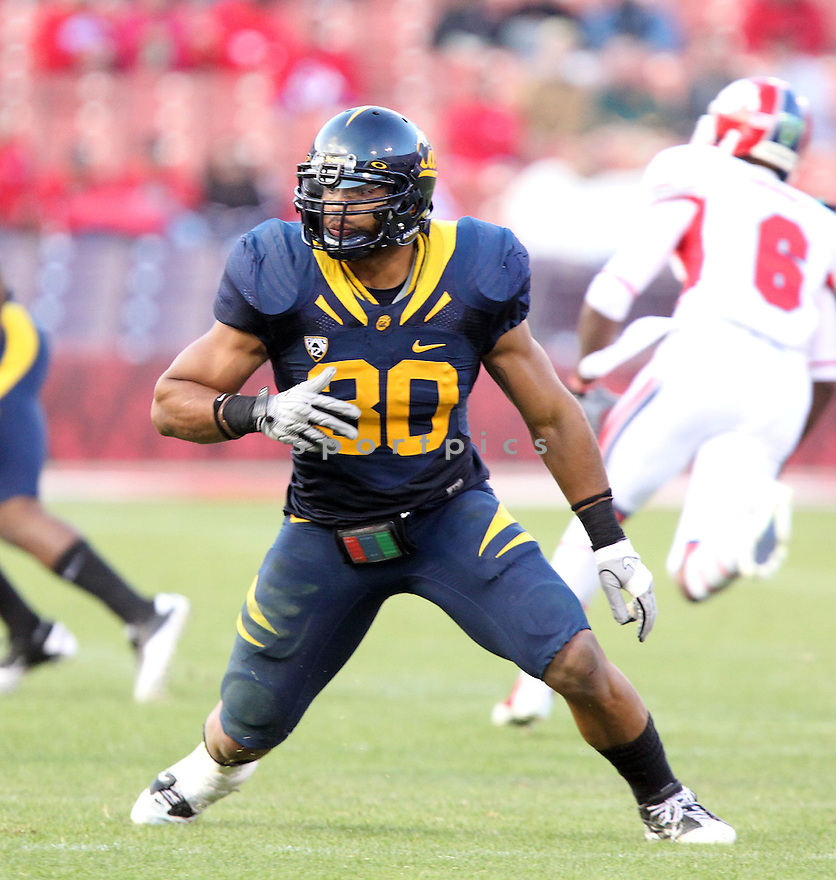 MYCHAL KENDRICKS, of the California Golden Bears, in action during Cal's  game against the Fresno State Bulldogs, on September 03, 2011 Candlestick Park in San Francisco, CA. Cal beat Fresno State 36-21.
