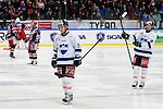 Södertälje 2013-02-02 Ishockey Allsvenskan , Södertälje SK - BIK Karlskoga :  .BIK Karlskoga 25 Martin Thelander och BIK Karlskoga 78 Daniel Zaar deppar.(Byline: Foto: Kenta Jönsson) Nyckelord:  depp besviken besvikelse sorg ledsen deppig nedstämd uppgiven sad disappointment disappointed rejected