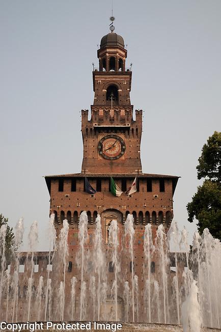 Sfozesco Castle and fountain in Milan, Italy