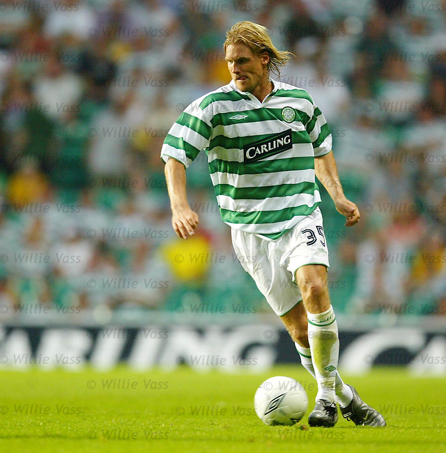 Johan Mjallby, Celtic.Stock season 2003-04..pic willie vass