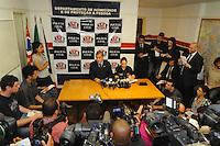 Sao Paulo, SP, 27 DE MARCO DE 2012 -Colitiva de imprensa com o Diretor do DHPP Jorge Carlos Carrasco e Dr Margarette Bareto sobre a briga das Torcidas Organizadas . (FOTO: ADRIANO LIMA / BRAZIL PHOTO PRESS).