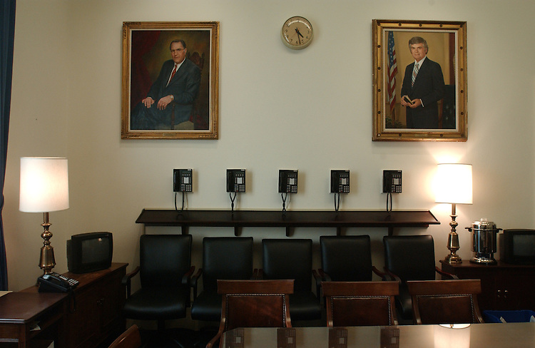 10/8/03.PAST HOUSE BUDGET CHAIRMEN--Portraits of two past House Budget chairmen hang in the cloakroom, the room behind the dias of the committee's meeting room. Left to right: Bob Giaimo, D-Conn., and Al Ullman, D-Ore..CONGRESSIONAL QUARTERLY PHOTO BY SCOTT J. FERRELL