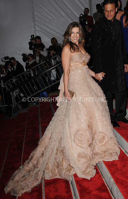 WWW.ACEPIXS.COM . . . . . ....May 4 2009, New York City....Elizabeth Hurley arriving at 'The Model as Muse: Embodying Fashion' Costume Institute Gala at The Metropolitan Museum of Art on May 4, 2009 in New York City.....Please byline: KRISTIN CALLAHAN - ACEPIXS.COM.. . . . . . ..Ace Pictures, Inc:  ..tel: (212) 243 8787 or (646) 769 0430..e-mail: info@acepixs.com..web: http://www.acepixs.com