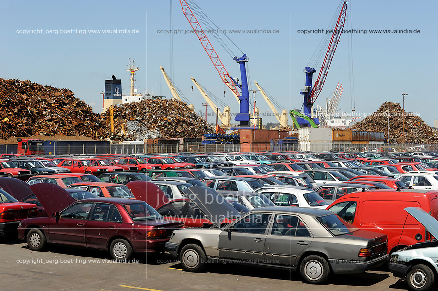 GERMANY Hamburg port , shipment and export of scrap and used cars to africa  / DEUTSCHLAND, Hamburger Hafen , Kaianlage fuer Verladung und Export von Schrott und Gebrauchtfahrzeugen nach Afrika u.a. Cotonou Benin