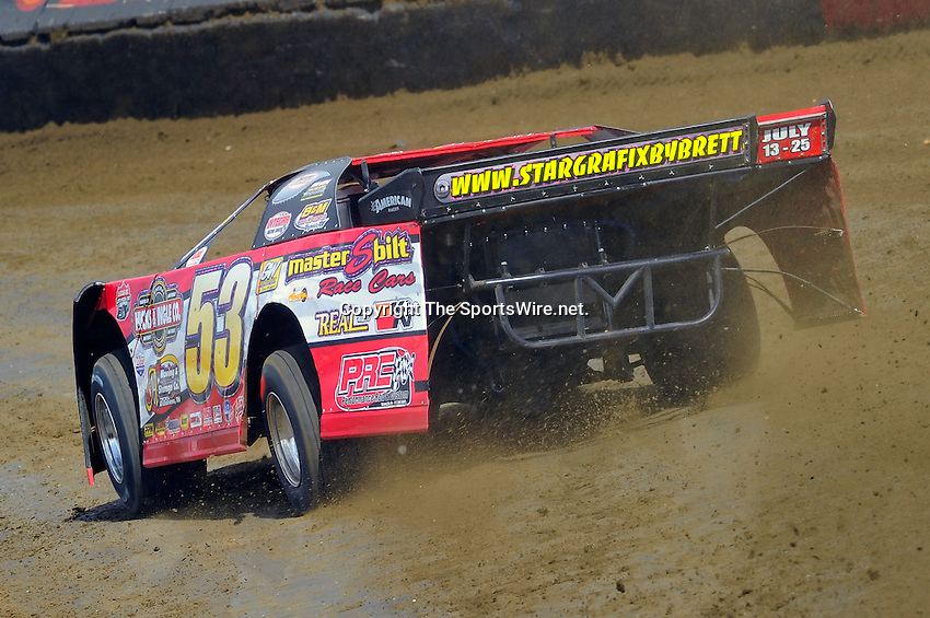 Feb 06, 2010; 12:51:02 PM; Gibsonton, FL., USA; The Lucas Oil Dirt Late Model Racing Series running The 34th Annual Dart WinterNationals at East Bay Raceway Park.  Mandatory Credit: (thesportswire.net)