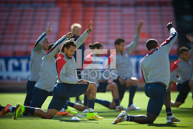 San Francisco, CA - Monday, May 26, 2014: USMNT open training at Candlestick Park, San Francisco.