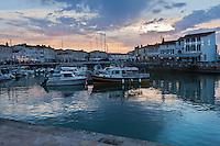 Europe/France/Poitou-Charentes/17/Charente-Maritime/Ile de Ré/Saint-Martin-de-Ré: le Port