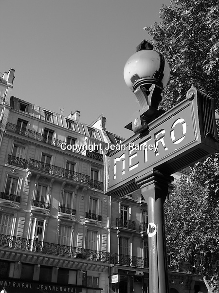 Parisian Metro sign