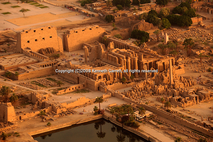 Hatshepsut; Egypt; Aerials; Karnak Temple; New Kingdom; 18th dynasty; Luxor, Sacred Lake