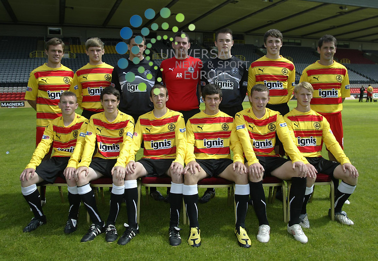 Partick Thistle Team Photoshoot 2010.Partick Thistle Youth Team with coaches Simon Donnelly and Jackie McNamara.Thursday 05 Aug 2010 .www.universalnewsandsport.com.(0ffice) 0844 884 51 22.