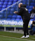 31st October 2017, Madejski Stadium, Reading, England; EFL Championship football, Reading versus Nottingham Forest; Mark Warburton Manager of Nottingham Forest gestures to his team