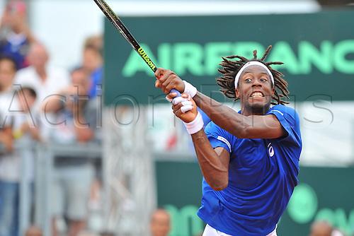 04.03.2016. Vélodrome Amédée Detraux, Guadeloupe, France. Davis Cup 1st round. France versus Canada.  Gael Monfils (Fra) returns in match 1