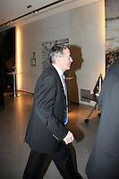 DFB-Generalsekretär und neuer DFB-Präsident Wolfgang Niersbach auf dem Weg in den Plenarsaal