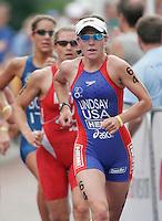 30 JUL 2006 - SALFORD, UK - Michelle Lindsay - ITU World Cup triathlon round. (PHOTO (C) NIGEL FARROW)