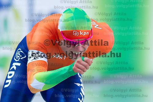 Netherlands's Koen Verweij competes in the Men's 10000m race of the Speed Skating All-round European Championships in Budapest, Hungary on January 8, 2012. ATTILA VOLGYI