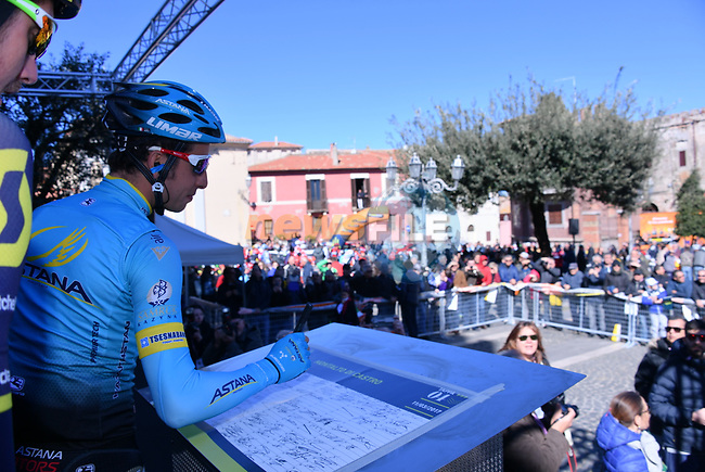 Fabio Aru (ITA) Astana Pro Cycling at sign on before the start of Stage 4 of the 2017 Tirreno Adriatico running 187km from Montalto di Castro to Terminillo, Italy. 11th March 2017.<br /> Picture: La Presse/Gian Mattia D'Alberto | Cyclefile<br /> <br /> <br /> All photos usage must carry mandatory copyright credit (&copy; Cyclefile | La Presse)