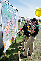 Three scouts from South Africa (Johannesburg and Capetown) are checking the map to find their campsite. They have been traveling for a week through Germany and Denmark to arrive to the Jamboree. Photo: Fredrik Sahlström/Scouterna