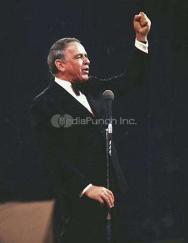 Frank Sinatra 1974<br /> Photo to By John Barrett/PHOTOlink/MediaPunch