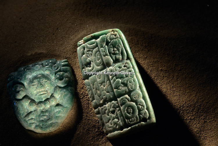 Ancient Cultures; Americas; Maya; Palenque; Mexico; Chiapas; Tomb; Temple of Inscriptions; Red Queen;  Jade; Inlay