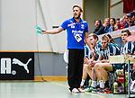 Stockholm 2013-11-10 Handboll Elitserien Hammarby IF - Eskilstuna Guif :  <br /> Hammarby tr&auml;nare Kalle Matsson reagerar<br /> (Foto: Kenta J&ouml;nsson) Nyckelord:  portr&auml;tt portrait