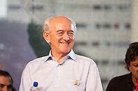 SAO PAULO, SP, 01 DE MAIO DE 2013 - FESTA CUT NO ANHANGABAÚ -Ministro do Trabalho Manoel Dias, durante Festa do Dia do Trabalho na praça do Anhangabaú em São Paulo, nesta quarta-feira, 01. FOTO: MARCELO BRAMMER / BRAZIL PHOTO PRESS