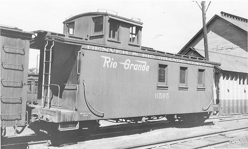 Long caboose #0505 in Durango, CO.<br /> D&amp;RGW  Durango, CO  Taken by Denney, J. W. Jr. - 7/1941