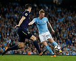 Michael Keane of Everton blocks the shot by Kevin De Bruyne of Manchester City during the Premier League match at the Eithad Stadium, Manchester. Picture date 21st August 2017. Picture credit should read: Simon Bellis/Sportimage