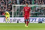 01.12.2018, Weserstadion, Bremen, GER, 1.FBL, Werder Bremen vs FC Bayern Muenchen<br /> <br /> DFL REGULATIONS PROHIBIT ANY USE OF PHOTOGRAPHS AS IMAGE SEQUENCES AND/OR QUASI-VIDEO.<br /> <br /> im Bild / picture shows<br /> Jubel 0:1, Torsch&uuml;tze Serge Gnabry (FC Bayern Muenchen #22) bejubelt seinen Treffer / Tor zum 0:1, <br /> <br /> Foto &copy; nordphoto / Ewert