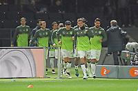 Thomas Müller (D) führt die Deutsche Mannschaft auf das Feld - Deutschland vs. England, Olympiastadion Berlin