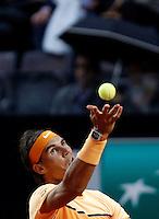 Lo spagnolo Rafael Nadal al servizio durante gli Internazionali d'Italia di tennis a Roma, 11 maggio 2016.<br /> Spain's Rafael Nadal serves the ball to Germany's Philipp Kohlschreiber at the Italian Open tennis tournament, in Rome, 11 May 2016.<br /> UPDATE IMAGES PRESS/Isabella Bonotto