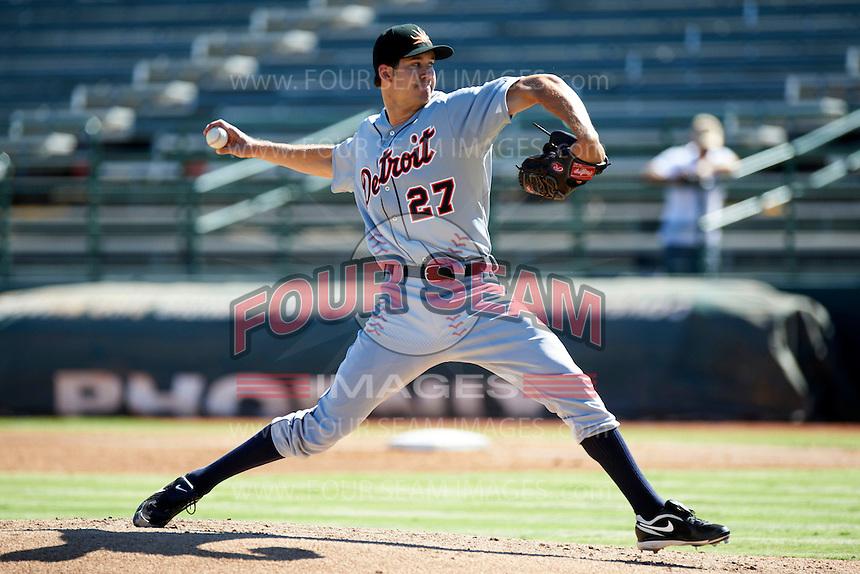 Mesa Solar Sox pitcher Luke Putkonen #27, of the Detroit Tigers organization, during an Arizona Fall League game against the Phoenix Desert Dogs at Phoenix Municipal Stadium on October 19, 2012 in Phoenix, Arizona.  Phoenix defeated Mesa 10-6.  (Mike Janes/Four Seam Images)