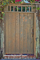 63412-01119 Tan gate in St Augustine, FL