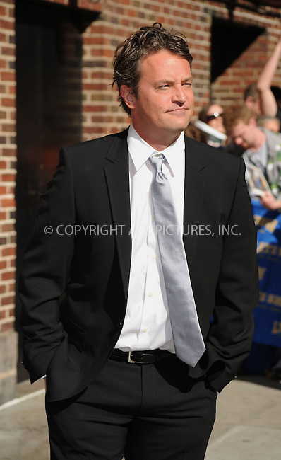 WWW.ACEPIXS.COM..April 16 2009, New York City..Actor Matthew Perry made an appearance at the 'Late show with David Letterman' at the Ed Sullivan Theatre on April 16 2009 in New York City...Please byline: Kristin Callahan - ACEPIXS.COM...*** ***...Ace Pictures, Inc.tel: (212) 243 8787.e-mail: info@acepixs.com.web: http://www.acepixs.com..