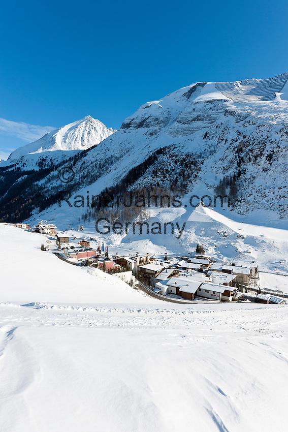 Austria, Tyrol, Tuxer Valley, Hintertux: popular ski resort and starting point to Hintertux Glacier | Oesterreich, Tirol, Tuxertal, Hintertux: beliebter Skiort am Ende des Tuxertals und Ausgangspunkt zum Hintertuxer Gletscher