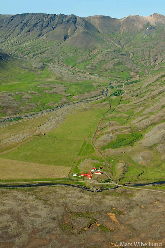 Hrafnhólar séð til norðurs, Reykjavík áður Kjalarneshreppur /  Hrafnholar viewing north, Reykjavik former Kjalarneshreppur.