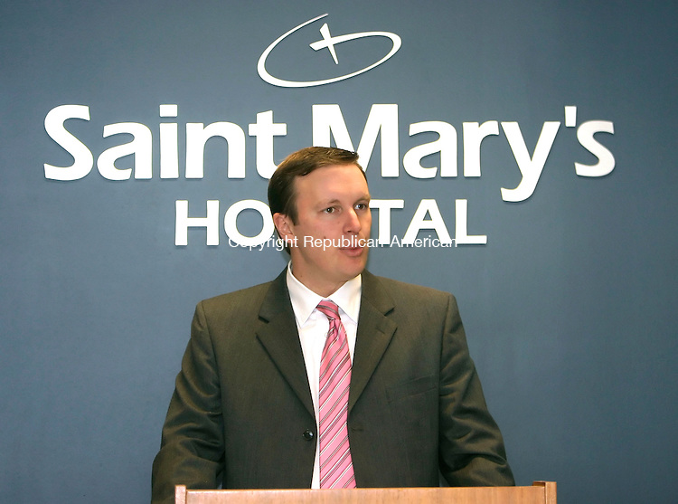 WATERBURY, CT--16 MARCH 2007--031607JS02- U.S. Rep. Chris Murphy,      D-5th District, speaks during a press conference Friday at St. Mary's Hospital. Murphy was on-hand to discuss proposed cuts to Medicare and Medicaid and how it addects Connecticut hospitals. <br /> Jim Shannon / Republican-American